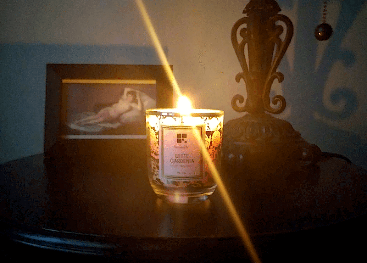 Resveralife White Gardenia Scented Candle review